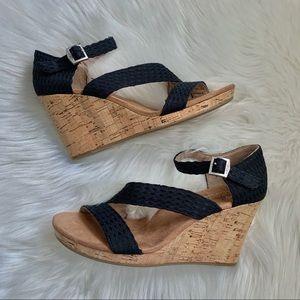 *NEW* Toms • Clarissa Black Wedge Sandal • Sz 7.5